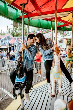 Carnival Engagement Session - Karina & Maks Photography - Welcome to the Women& World Fair Pictures, Couple Pictures, Carnival Photo Shoots, Carnival Photography, Couple Goals Cuddling, Relationship Goals Pictures, Couple Relationship, Relationships, Couple Photography Poses