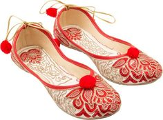 Add some spunk and revamp your footwear collection with Vinayak Collection's exclusive footwear range that is trendy and fashionable. Comfortable and stylish, these red coloured jutis are an ideal pick for your ethnic occasion.Made from nylon, which makes -www.cooliyo.com