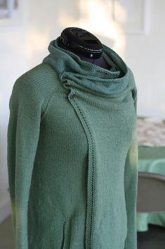 Clarity Cardigan : Knitting Pattern by Gretchen Ronnevik || Ravelry