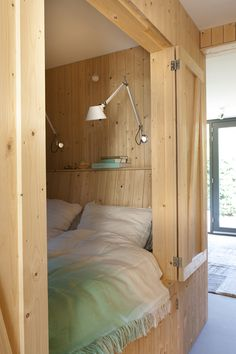 La casita de madera #wood #bedroom #bed
