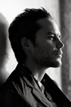 Preparing for a season of HBO hit True Detective, actor Taylor Kitsch connects with Interview magazine for a photo shoot in its November 2014 edition. Taylor Kitsch, Tim Riggins, Interview, Magazine Pictures, The Fashionisto, The Way He Looks, Female Friends, Famous Faces, Movie Stars