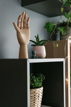 w tym pokoju dbamy o siebie - metamorfoza sypialni - mrspolkadot Planter Pots, Inspiration, Biblical Inspiration, Inspirational, Inhalation
