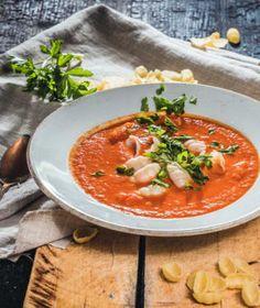 Krémové polévky jsou velmi oblíbené. Jejich hladivá struktura je zvláště v zimě vyloženě příjemná. Struktura, Thai Red Curry, Food And Drink, Fresh, Ethnic Recipes, Diet