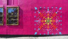 Artiste plasticienne et scénographe, Mademoiselle Maurice envahit les murs avec des oeuvres composées d'origamis, de dentelle ou encore de broderie.