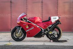 Featured Listing: 1991 Ducati 851 for Sale in the USA! - Rare SportBikes For Sale Ducati 851, Ducati Motogp, Ducati Cafe Racer, Yamaha, Sportbikes, Moto Guzzi, Classic Bikes, Vintage Racing, Cool Bikes