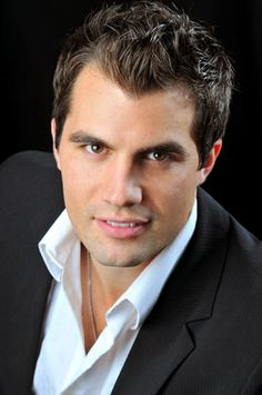 Gennard Lombardozzi is a tenor who made his debut in the 2009-2010 season with Virginia Opera. He has been seen with the Fargo-Moorhead Opera as Monostatos in The Magic Flute, as well as in the production of Susannah and as Peppe in Pagliacci in the spring of 2011