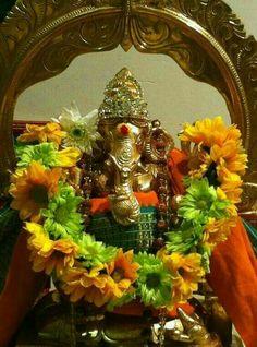 Jai Ganesh, Shree Ganesh, Lord Ganesha, Hanuman Pics, Ganesha Pictures, Om Namah Shivaya, Ganpati Bappa, Goddess Lakshmi, Hindu Art