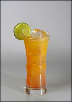 koktelmania.hu - Koktélok - Bora Bora Bora Bora, Hurricane Glass, Shot Glass, Recipies, Food And Drink, Cooking Recipes, Drinks, Tableware, Foods