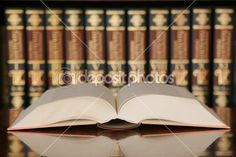 Otwórz książkę w bibliotece — Zdjęcie stockowe © pertusinas #6187428