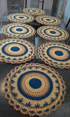 ideas crochet rug patterns t shirt yarn granny squares Crochet Rug Patterns, Crochet Mandala Pattern, Crochet Designs, Crochet Kitchen, Crochet Home, Free Crochet, Crochet Dollies, Crochet Flowers, Crochet Mandela