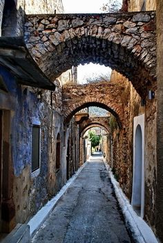 Greece, walking these ancient streets where thousands of people have walked history, on my Bucket List