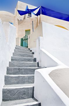 GREECE CHANNEL | Stairs to a house, #Santorini, #Greece http://www.greece-channel.com