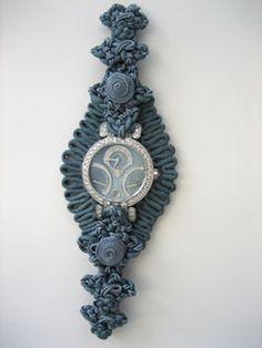 Broderie Bracelets d'exception pour la Haute Horlogerie