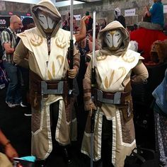 Jedi Temple Guards guarding the #SDCC Yavin temple! #starwars