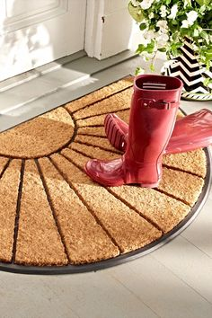 Our Soleil Half-round Mat offers rugged, boot-scraping durability with welcoming good looks.