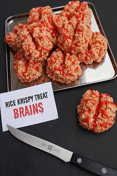 45 Easy Halloween Snacks to Up Your Partys Creep Factor 40 Best Halloween Party Snacks Creepy Halloween Party Food Ideas The post 45 Easy Halloween Snacks to Up Your Partys Creep Factor appeared first on Halloween Food. Halloween Party Snacks, Halloween Desserts, Comida De Halloween Ideas, Creepy Halloween Party, Hallowen Food, Looks Halloween, Fete Halloween, Halloween Celebration, Snacks Für Party