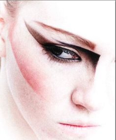 Google Image Result for http://www.eyeshadowlipstick.com/wp-content/uploads/2012/06/graphic-pen-makeup-beauty-1.jpg