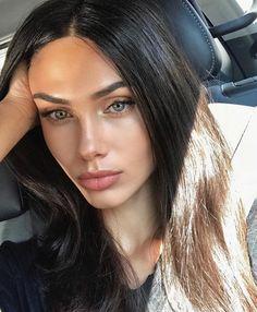- very nice stuff - share it -Victoria Bronova Bella Beauty, Beauty Make-up, Beauty Hacks, Hair Beauty, Veronica Lake, Gorgeous Eyes, Beautiful Long Hair, Natural Glam Makeup, Girl With Green Eyes