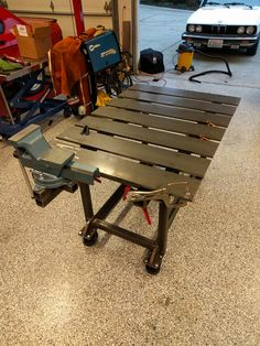 welding table plans or ideas Welding Bench, Welding Table Diy, Welding Cart, Welding Shop, Metal Working Tools, Metal Tools, Metal Art, Table Accessories, Welding Projects