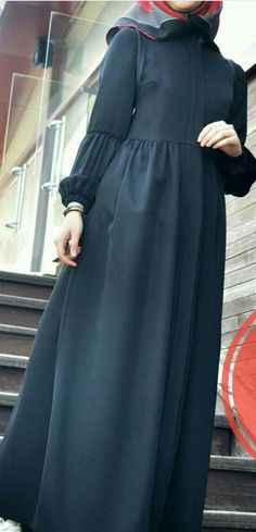 Sewing clothes, my Hijab Fashion Summer, Modern Hijab Fashion, Islamic Fashion, Abaya Fashion, Muslim Fashion, Fashion Dresses, Hijab Style Dress, Mode Abaya, Sleeves Designs For Dresses