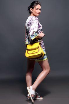 gpq print hand bags styling <3