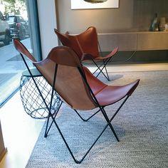 Design-Stühle Trifolium & KS: Purer Relax-Luxus: Dänische Design-Stühle mit großzügiger Sitzfläche aus Kernleder