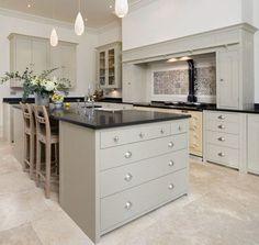 Neptune kitchen suffolk range www. Open Kitchen Cabinets, Kitchen Stove, Kitchen Cabinet Colors, Open Plan Kitchen, New Kitchen, Kitchen Island, Kitchen Grey, Smart Kitchen, Kitchen Units