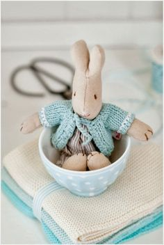 Bunny in a teacup Happy Easter, Easter Bunny, Easter Eggs, Minty House, Franck Fischer, Maileg Bunny, Turquoise Cottage, Easter Colors, Duck Egg Blue