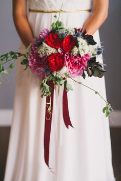 Vibrant Red and Pink Bouquet | Alexandra Wallace Photography | Bold Boho Bridal Style for Autumn