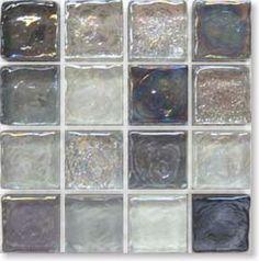 ガラスタイルのシルバーグレーグラス拡大写真