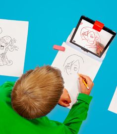Parents, check out this innovative way to keep your kids learning - outside the screen!    It's called Osmo, works with iPad, and comes with four unique games and can be played alone, with friends, or with the whole family.
