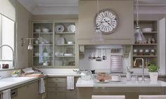 kitchen design by Deulonder Arquitectura Domestica