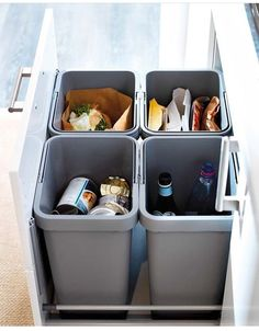 RATIONELL waste sorting system, you can separate your recyclables right away in your kitchen. Simply open your cabinets or drawers and toss in scraps as you work. The bins are easy to lift and carry, and lids lock in odors. Kitchen Organisation, Home Organization, Ikea Kitchen Storage, Garage Storage, Kitchen Waste Bins, Kitchen Recycling Bins, Kitchen Garbage Can Storage, Ikea Kitchen Sink, Kitchen Trash Cans