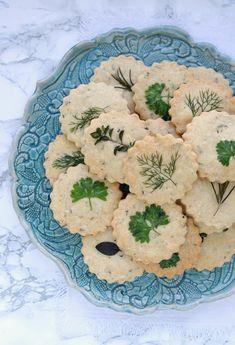 {Rezept} Parmesan-Shortbread-Cookies und Eure Lieblingsfilm-Tipps - Emma Bee