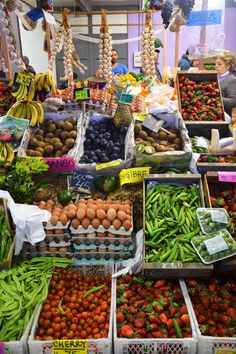 Montevideo, World Market, Foodie Travel, Places Around The World, Farmers Market, Trip Planning, Travelling, River, Vegetables