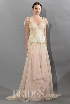 victoria-kyriakides-wedding-dresses-fall-2015-011.jpg (460×680)