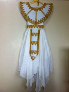 Egyptian princess costume handmade from household items pillow diy egyptian costume website of chorchi solutioingenieria Gallery