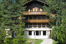 Gruppenhaus Alpenblick - Wengen - Bern/BE - Berner Oberland - 55 pers_ Gazebo, Outdoor Structures, Cabin, House Styles, Home Decor, Alps, Kiosk, Decoration Home, Room Decor