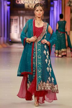 Buy Pakistani Designer Party Dresses online shopping from our collection of Indian Pakistani fancy Party wear fashion suits for USA, UK, Canada, Australia. Designer Party Dresses, Party Dresses Online, Party Wear Dresses, Party Dresses For Women, Dress Party, Formal Dresses, Wedding Dresses, Pakistani Couture, Pakistani Bridal Wear