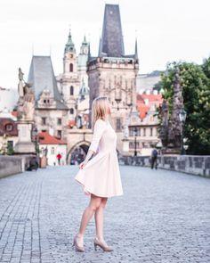 Индивидуальные фотопрогулки в Праге За подробной информацией обращайтесь: ✅директ @alenagurenchuk +420608916324(WhatsApp/Viber) ✉alena.gurenchuk@gmail.com alenagurenchuk.com/pages/contact/ ~~~~~ Фотография в категории: #alenagurenchuk_woman ~~~~~ #alenagurenchuk #photographerprague #photographerinprague #prague #praguephotographer #фотопрогулкапопраге #фотосессиявпраге #Прага #фотографвпраге #фотографпрага #фотографвчехии #лавсторивпраге #фотосессияпрага #fotografpraha #fotografvpraze #praha…