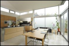 Dick Place - kitchen : Modern kitchen by ZONE Architects
