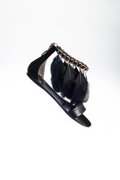 Anna Baiguera 'Sandal Feather' – En Avance