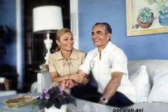 Mohammad-Reza Shah Pahlavi of Iran and his wife Empress Farah Pahlavi (Diba). Qajar Dynasty, Pahlavi Dynasty, The Shah Of Iran, Farah Diba, Persian Pattern, King Of Hearts, Royal Fashion, King Queen, Princesses