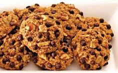 Fursecuri si biscuiti Archives - Page 7 of 7 - Retete Dulci Krispie Treats, Rice Krispies, Cereal, Candy, Bar, Breakfast, Desserts, Food, Morning Coffee