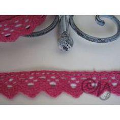 Häkelspitze selbstklebend pink