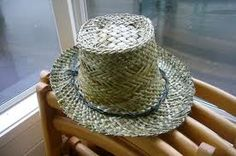 Image result for harakeke weaving Flax Weaving, Straw Weaving, Weaving Art, Flax Fiber, Weaving Designs, Art Diary, Kite, Cowboy Hats, Feather