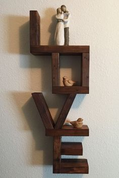 Pallet Home Decor, Home Decor Furniture, Furniture Projects, Modern Furniture, Diy Home Decor, Wall Shelf Decor, Wall Shelves Design, Diy Home Crafts, Wood Crafts