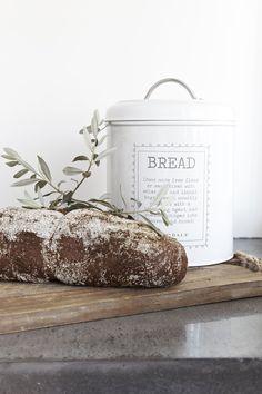 Riverdale Bread Bin