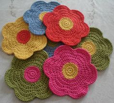crochet flower from Mitricot Crochet Potholders, Crochet Granny, Crochet Motif, Crochet Doilies, Crochet Stitches, Knit Crochet, Crochet Home, Love Crochet, Crochet Crafts