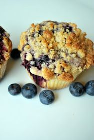 Just Another Day in Paradise: Streusel Topped Blueberry Muffins
